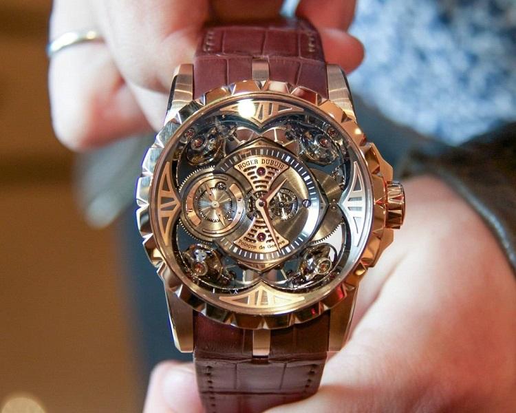 Часы Excalibur Quatuor